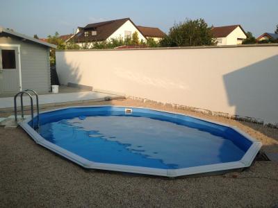 Pool kaufen gnstig stunning spannende pool rechteckig for Poolreinigung obi
